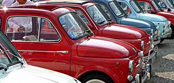 Fiat-500---raduno-a-La-Villa.jpg