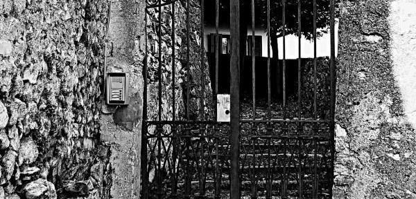 Scordio-in-bianco-e-nero.jpg